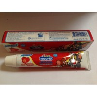 Детская зубная паста Strawberry Flavor Cream Kodomo